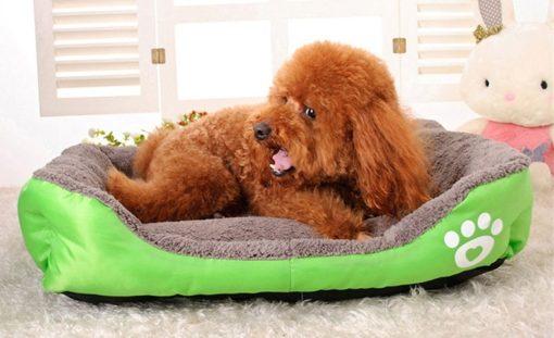 Morbida Cuccia rettangolo cani e gatti. Verde Large- 50x44x13