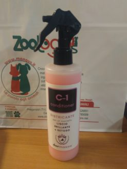 Dermazoo - conditioner C1 districante per un mantello liscio e brillante. 300ml